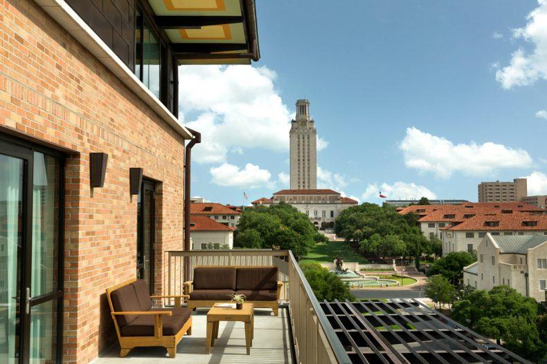 Presidential 6061 Balcony Tower Web